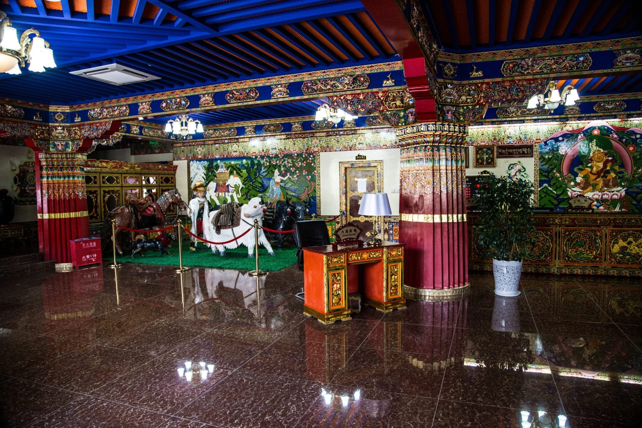 Gesar Hotel 11