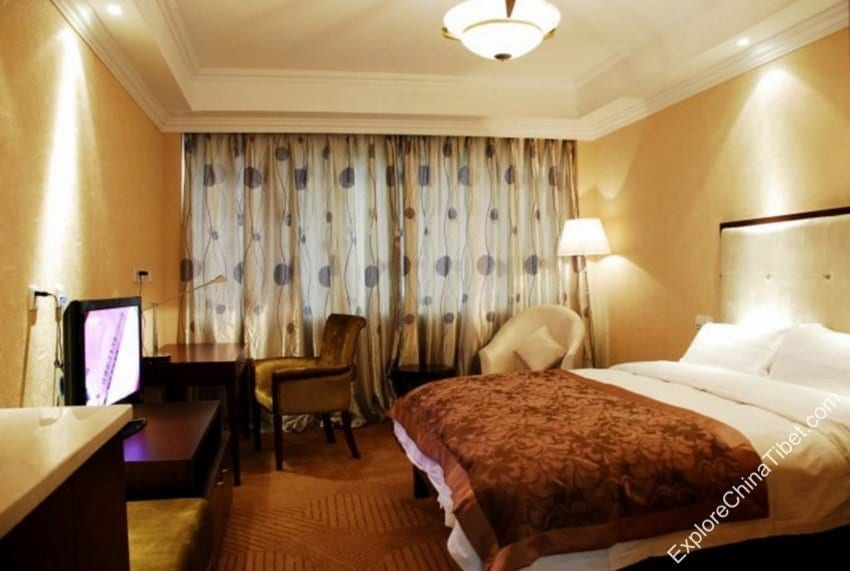 New Century Hotel Lhasa Superior Double Room