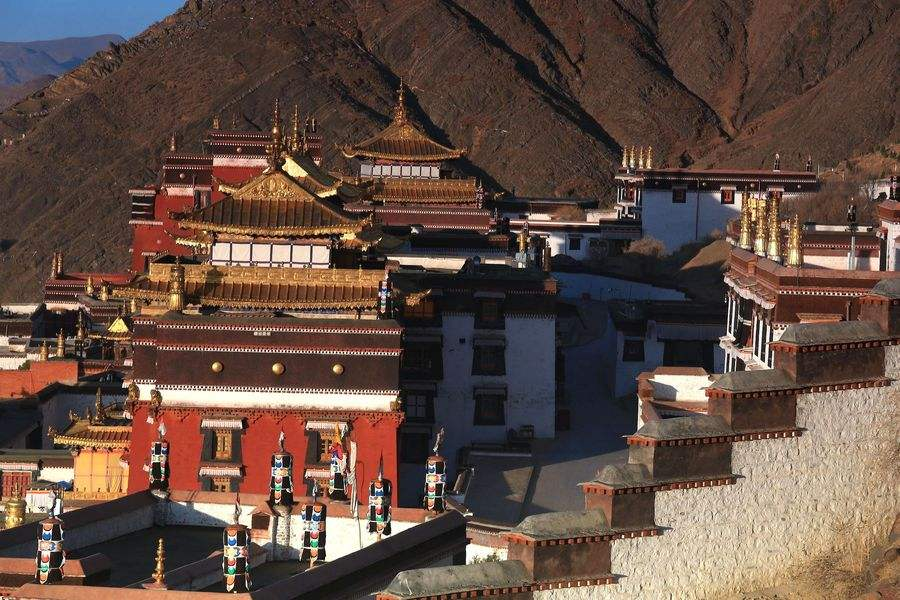 Tibet Shigatse Tashilhunpo Monastery photo