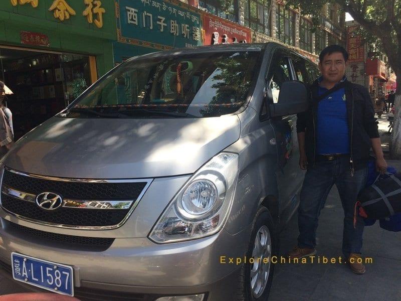 Tibet-Tourism-Vehicle-Hyundai-Van rental service