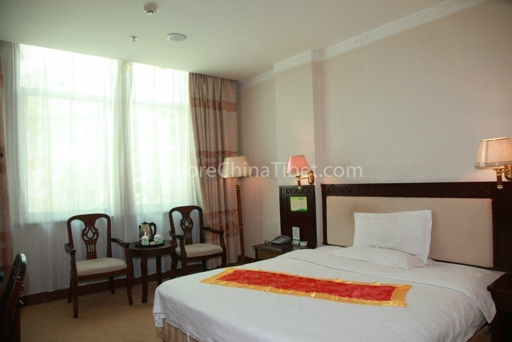 Tsetang Yulong Holiday Hotel Deluxe Single Room