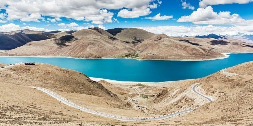 Tibet yamdrok lake tour
