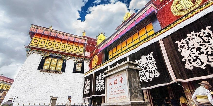 jokhang temple 2