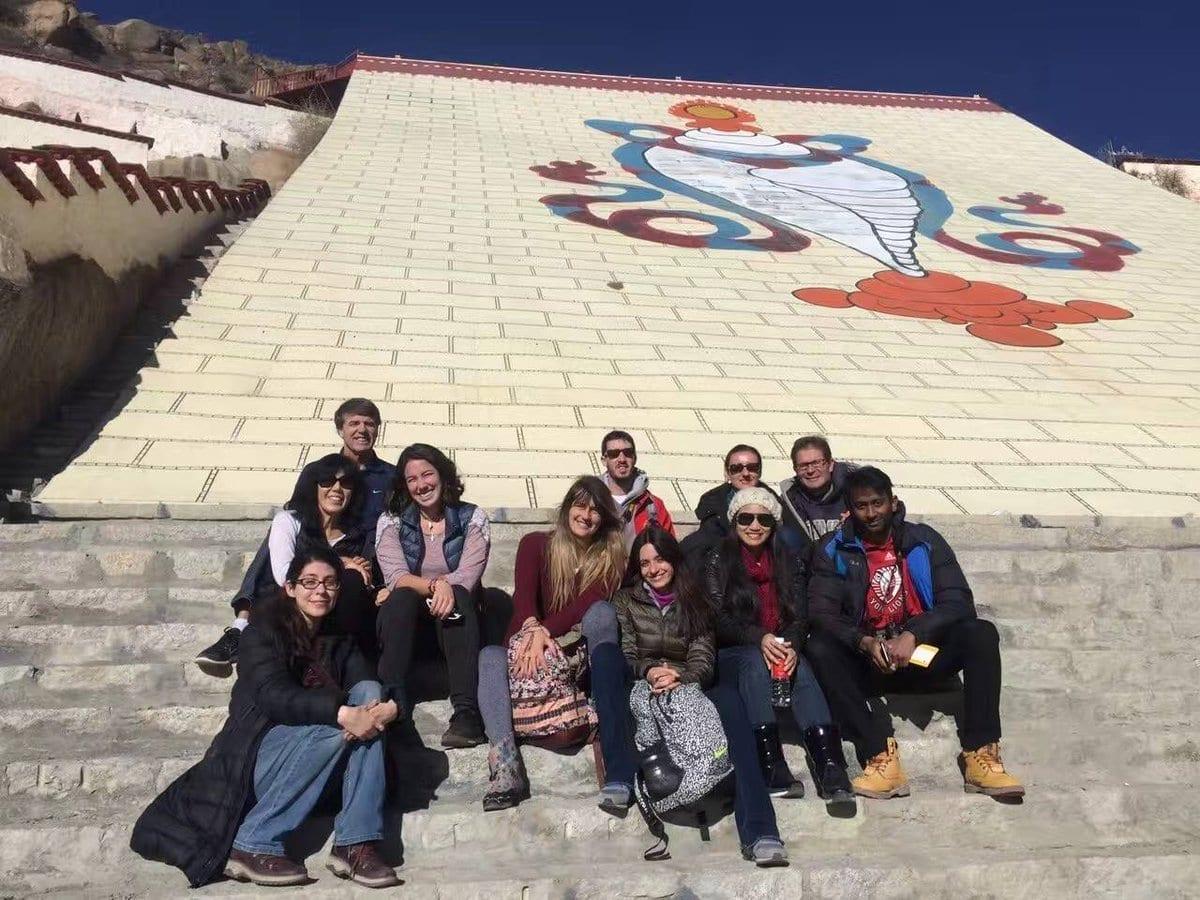 Explore Tibet on Tight Budget