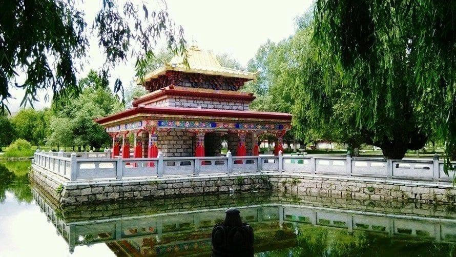 Norbulingka,summer-palace-of-Dalai-lama