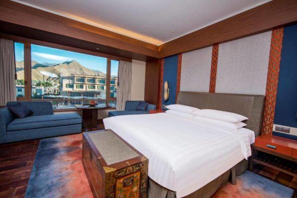 Shangri-La Lhasa Hotel Deluxe King Room