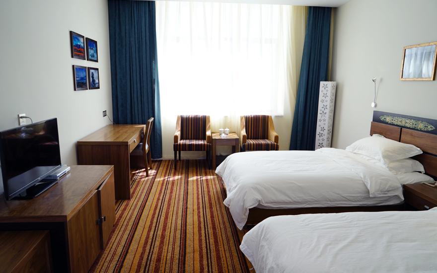 Tibet Himalaya Kailash Hotel Room