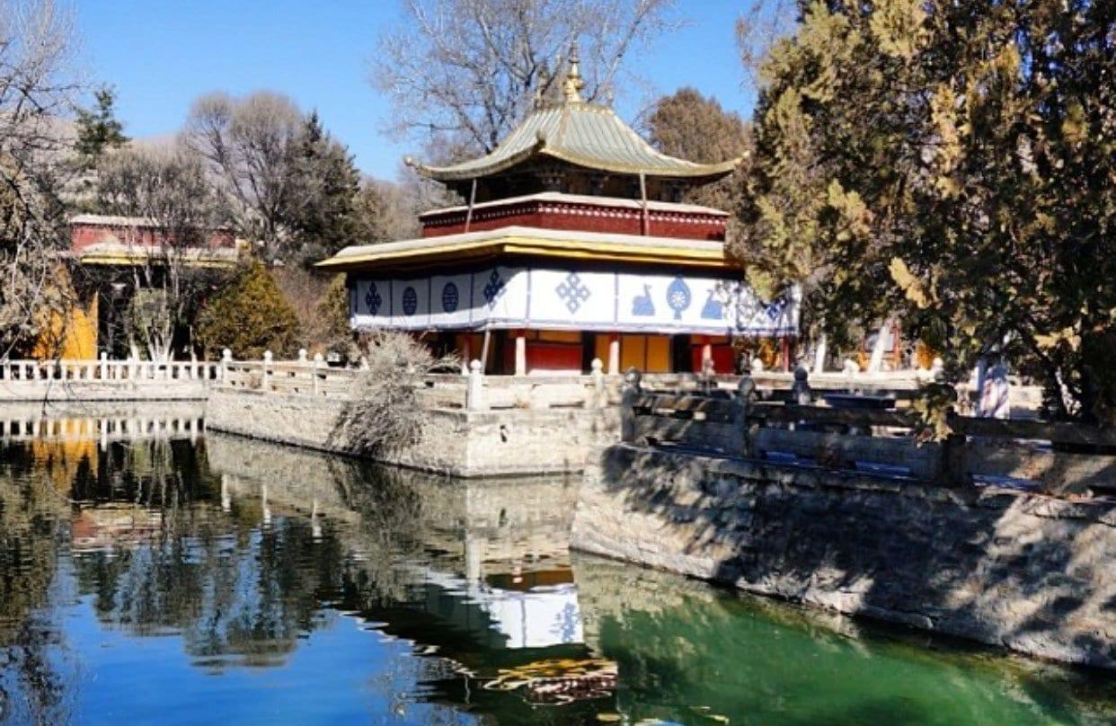 Lhasa Norbulinka Palace-Summer Palace of Dalai Lama
