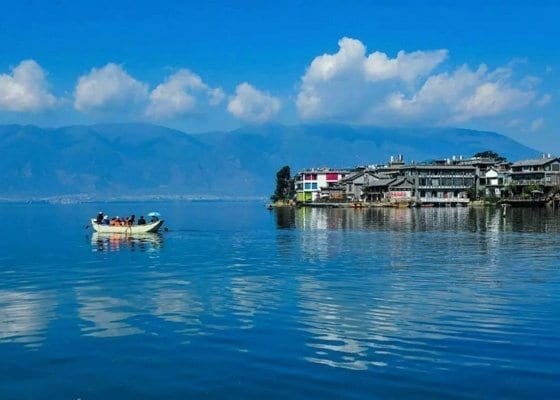 1 Day Erhai Lake Kayaking Tour Featured