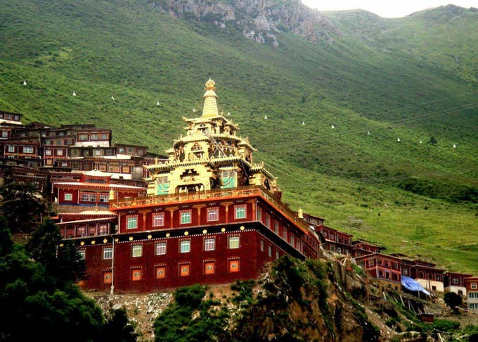 11 Days Sichuan Kham Kathok Monastery Tour Featured