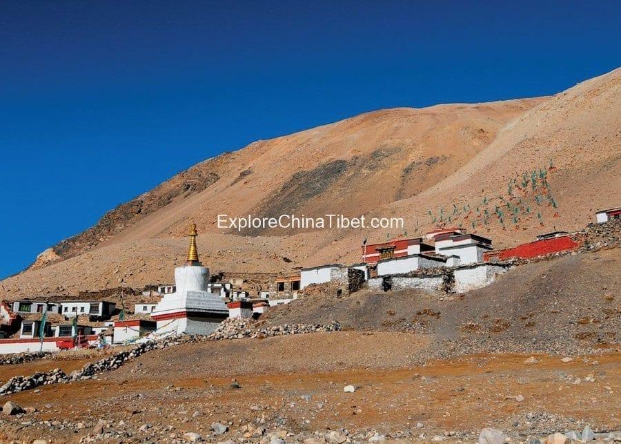 8 Days Everest B.C. Group Tour-Rongbuk Monastery