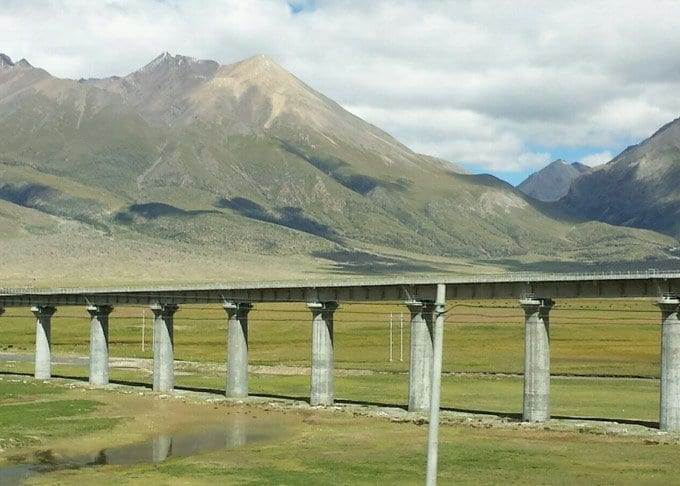 Beijing to Lhasa Train Featured