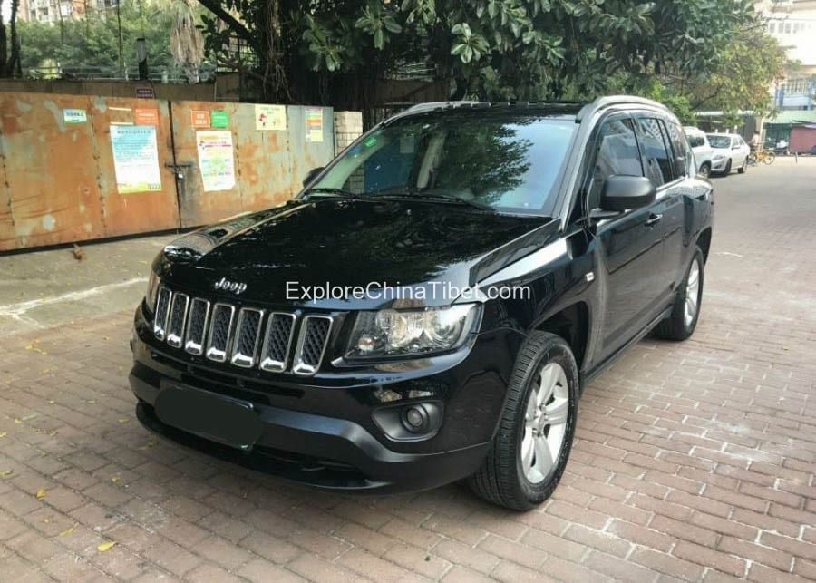 China Car Rental Jeep Compass- Appearance 5