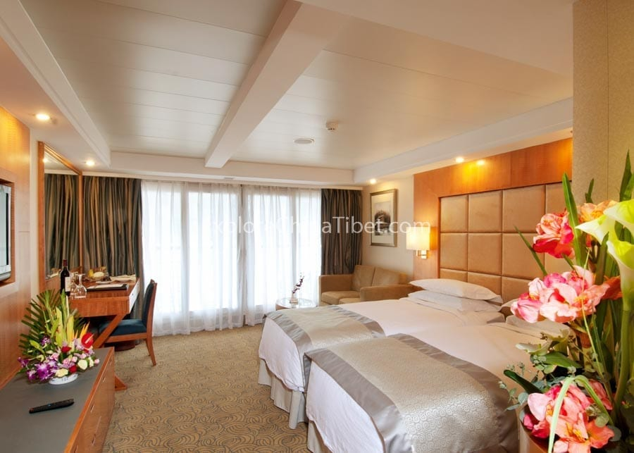 Chongqing to Yichang Century Diamond Cruise Deluxe Suite