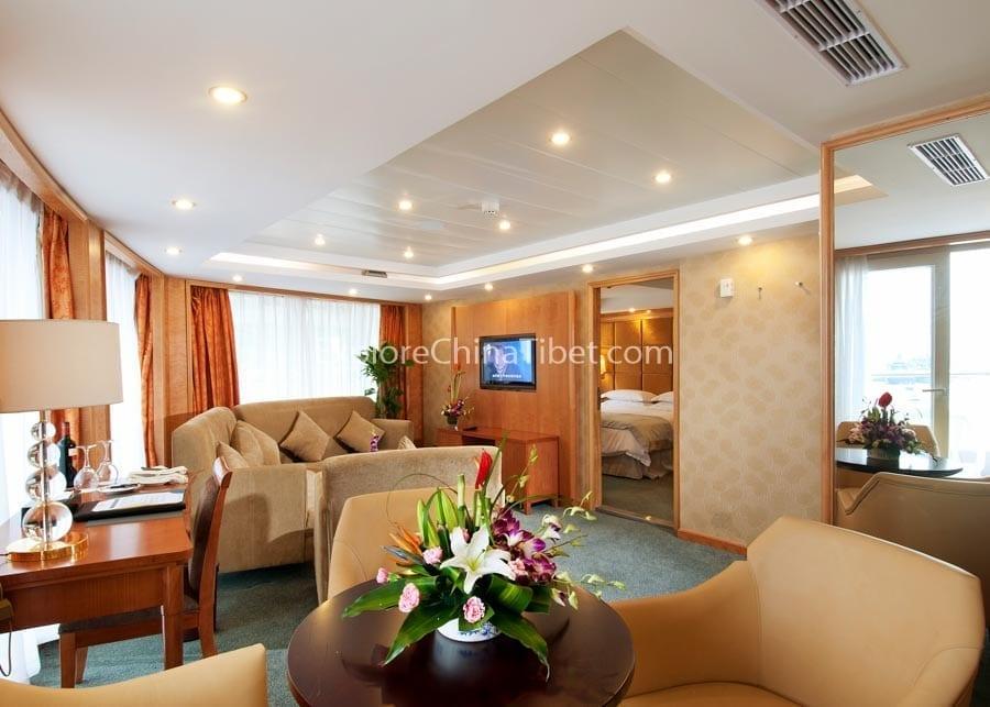 Chongqing-to-Yichang-Century-Emerald-Cruise-8-6.jpg