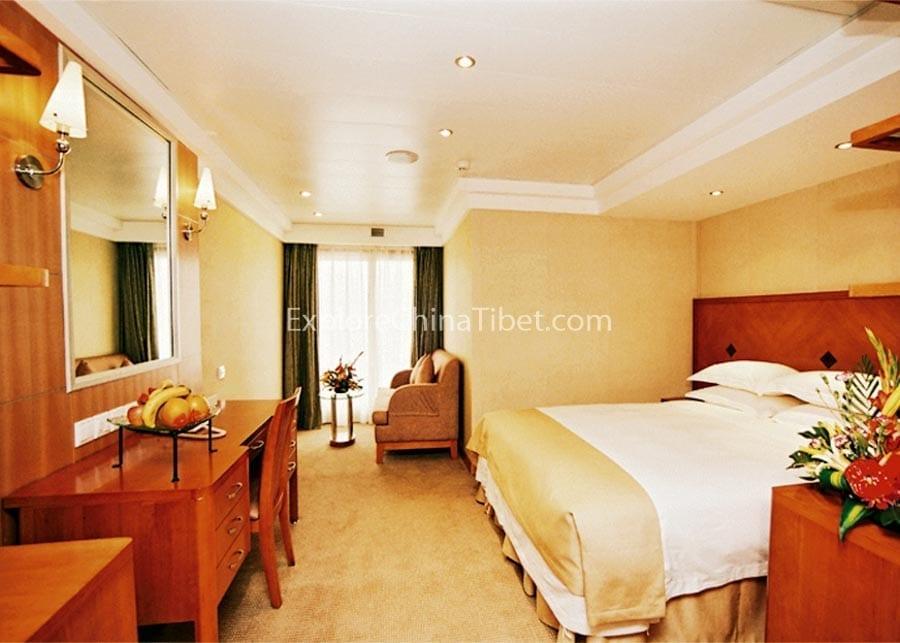 Chongqing to Yichang Century Sun Cruise Junior Suite