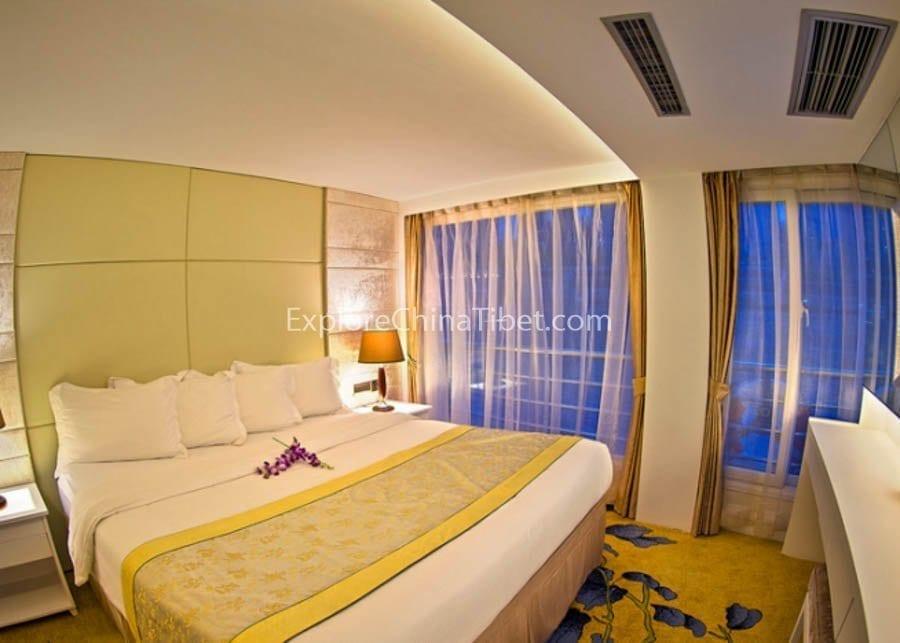 Chongqing to Yichang Victoria Jenna Cruise Executive Suite