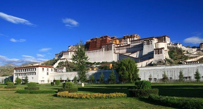 Five Distinct Travel Regions in Tibet-Potala Palace City Tour