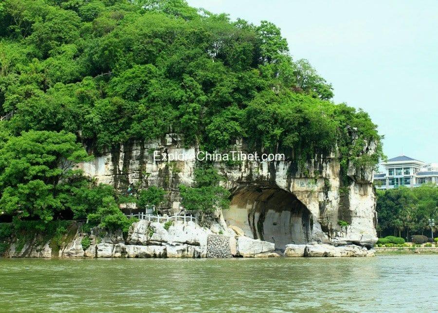 Guilin Highlights Tour Elephant Trunk Hill 1-2