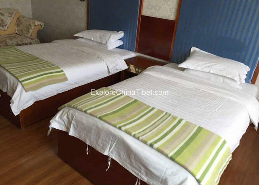 Gyantse Minghu Hotel Standard Room