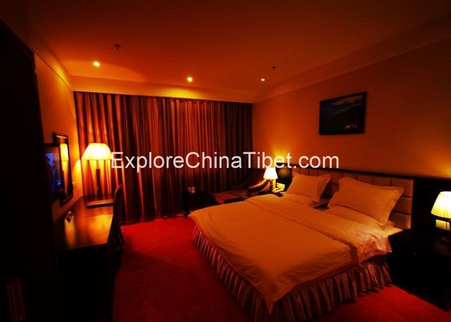 Nyingchi Impression Hotel Deluxe King Room