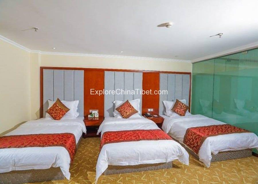 Nyingchi Mingwang Hotel Triple Room