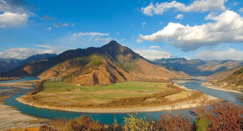 Places of Interest in Lijiang-Lijiang Tour Attraction-The First Bend of the Yangtze River