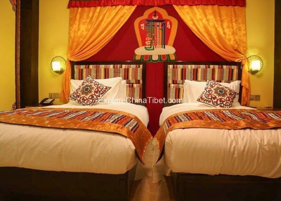 Rhasa Hotel Deluxe Twin Room