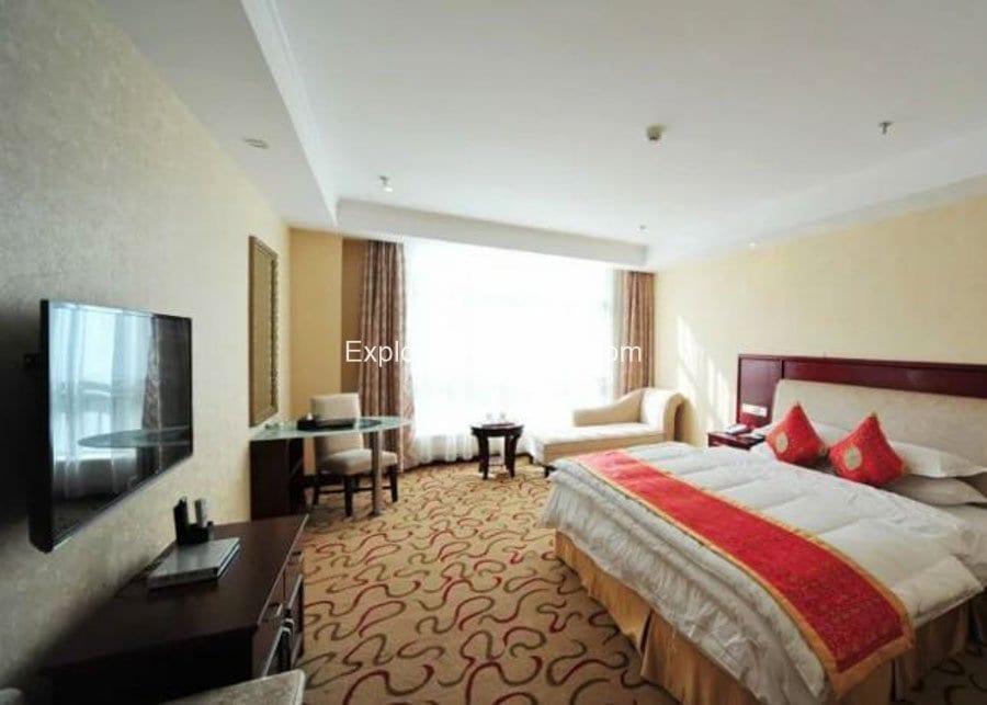 Shanna Hotel King Room