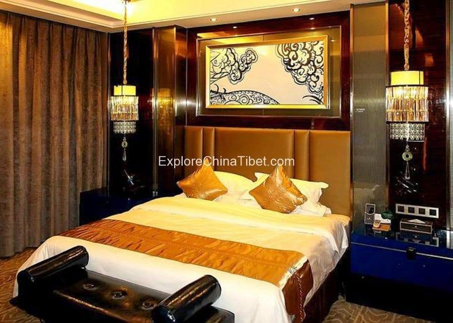 Shigatse Shandong Mansion Deluxe Suite