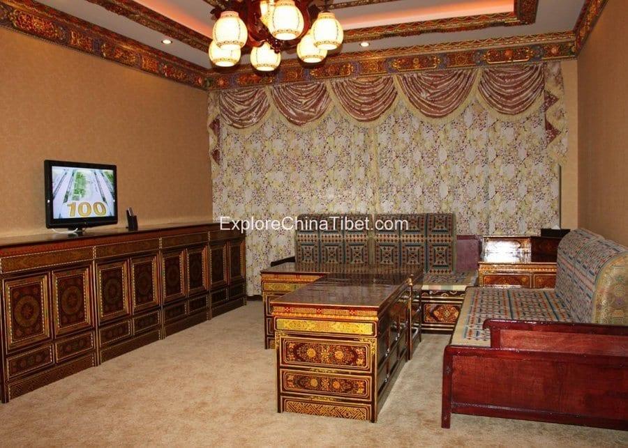 Tashi Choeta Hotel Deluxe Suite