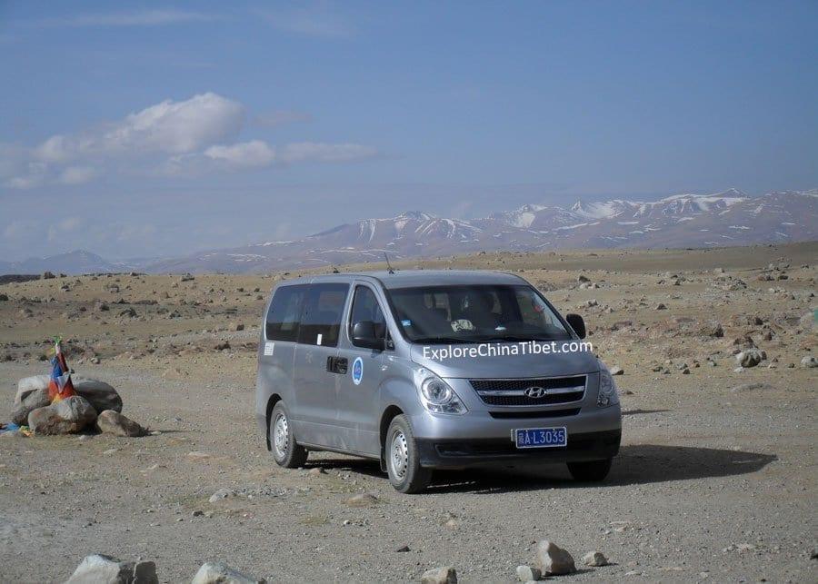Tibet Car Rental Korea Hyundai Van-Appearance 1