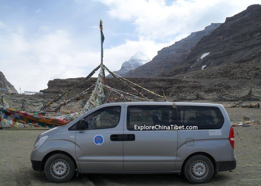 Tibet Car Rental Korea Hyundai Van-Appearance 2