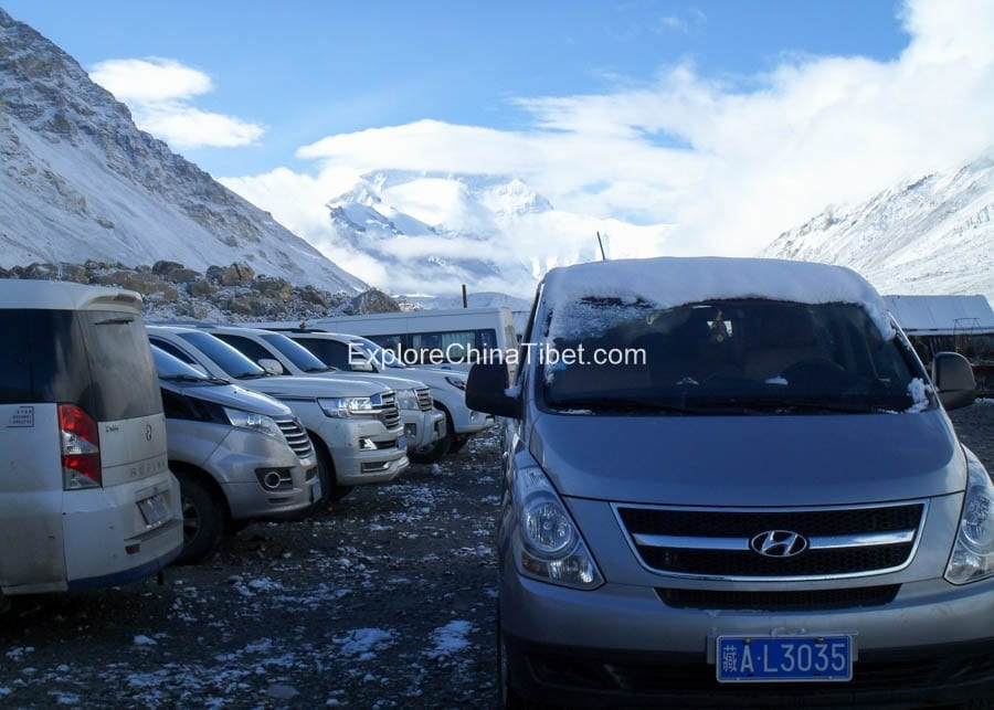Tibet Car Rental Korea Hyundai Van-Appearance 4