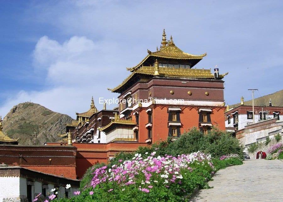 Tibet Famous Monastery Tour TashiLhunpo Monastery Tour