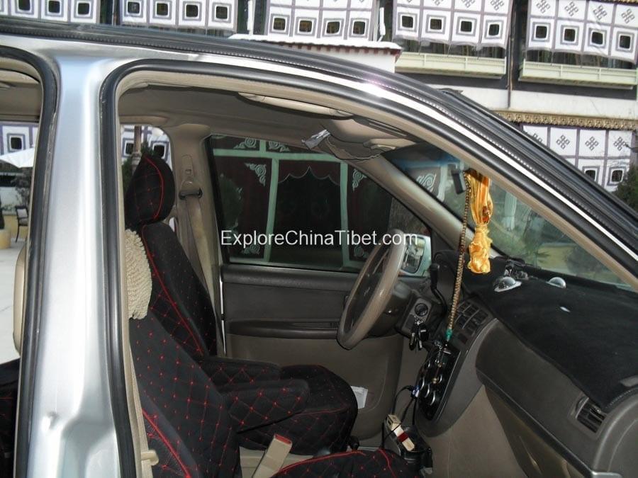 Tibet Tourism Vehicle of Buick car (2)
