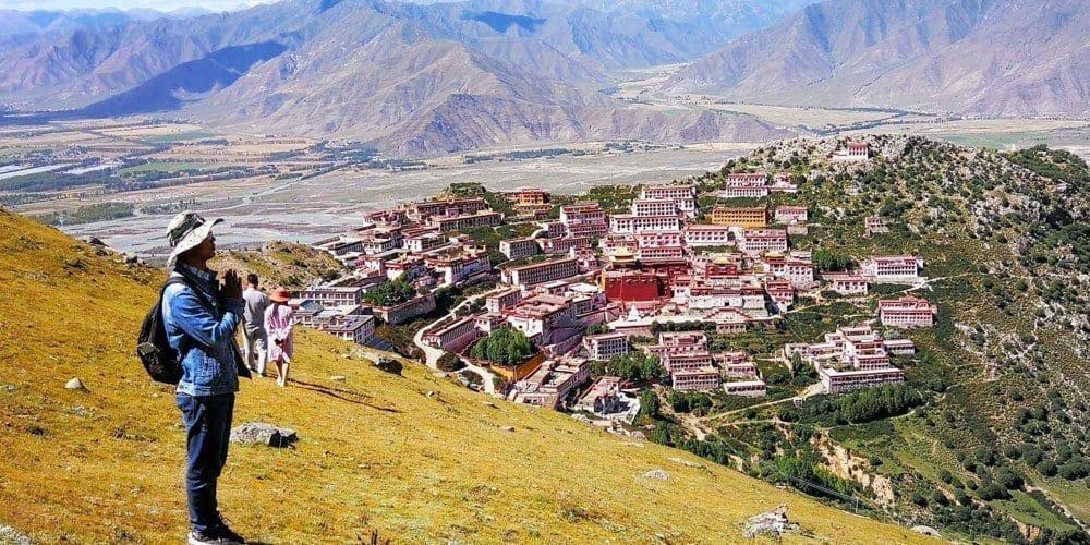 Tibetan Ganden monastery tour