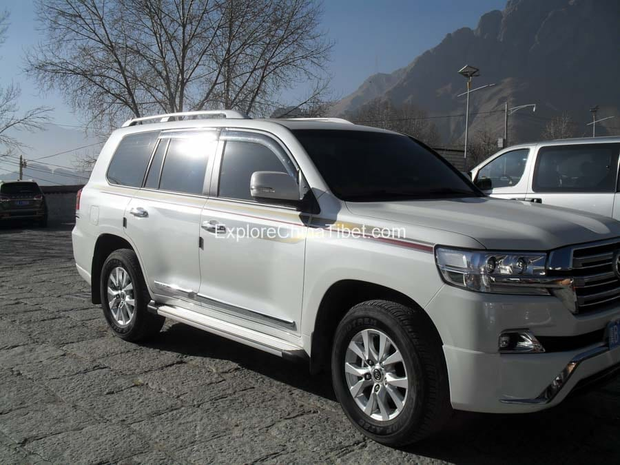 Travel car transfer service in Lhasa Tibet