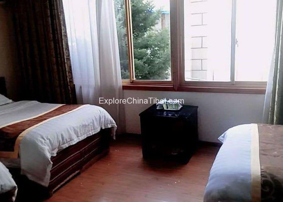 Shigatse Yangtze Hotel-7