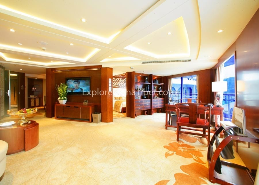 Yichang to Chongqing Century Paragon Cruise Presidential Suite