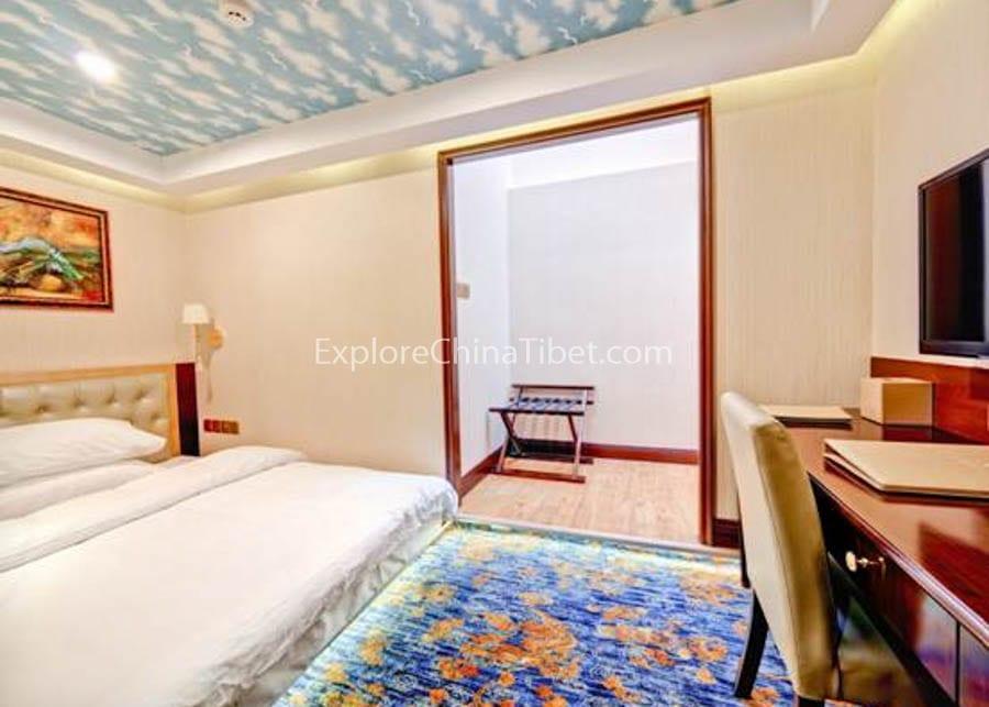Yichang to Chongqing Yangtze Gold 8 Cruise Single Cabin With Balcony