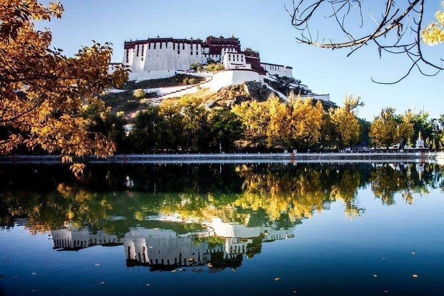 Autumn Tour of Tibet