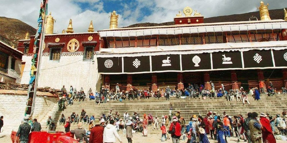 Drepung monastery tour of Lhasa Tibet
