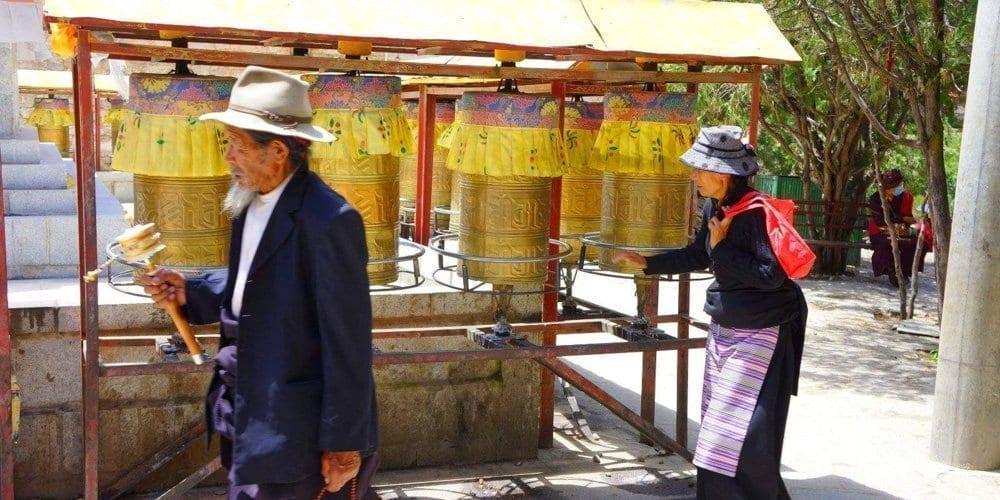 Explore Tibet Sera monastery in Lhasa