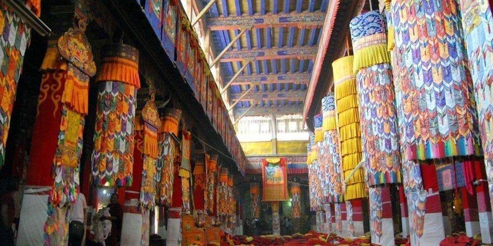 Highlight Sightseeing tour of Drepung monastery Lhasa Tibet