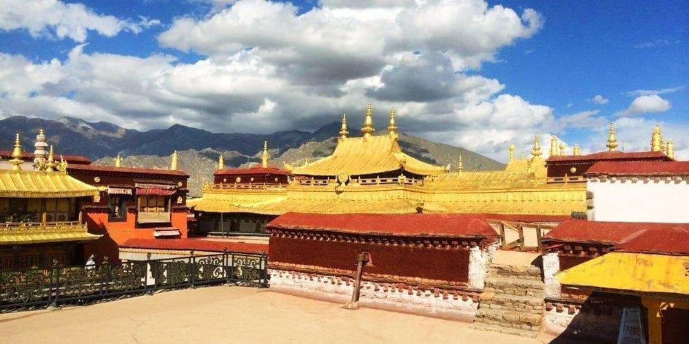 Jokhang Temple highlight tour of Lhasa Tibet