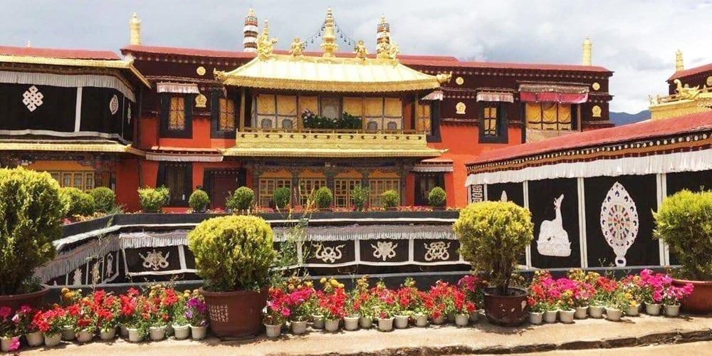 Jokhang Temple highlight trip of Lhasa Tibet