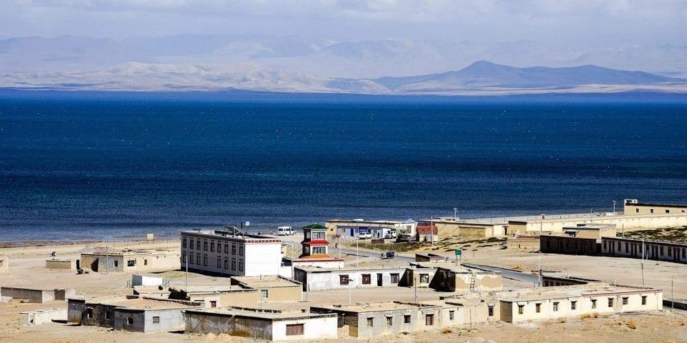 Manasarovar lake Tibet Kailash tour