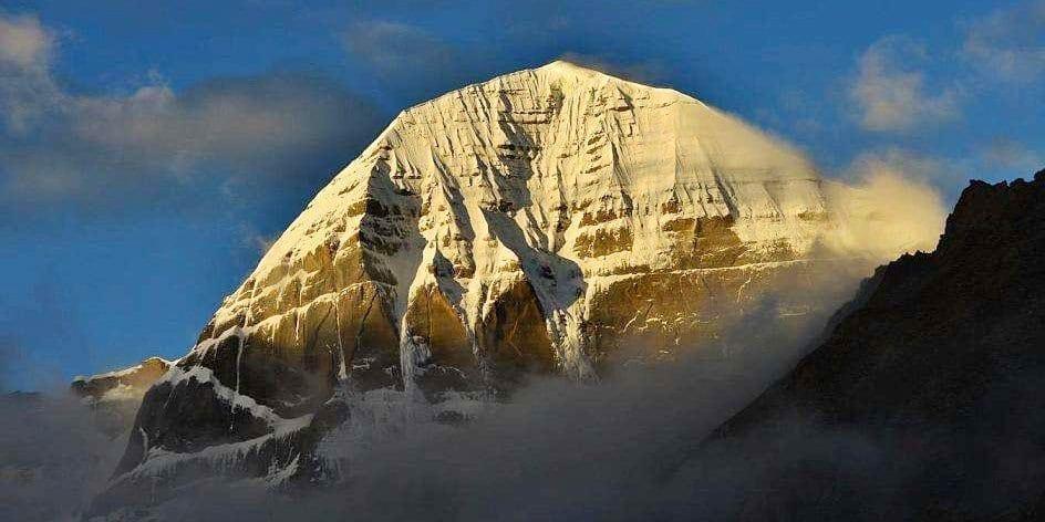 Mount Kaialsh kora pilgrimage travel