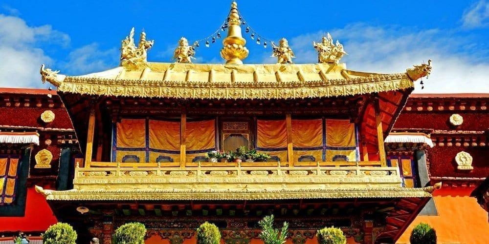 Tibet Lhasa Jokhang temple sightseeing